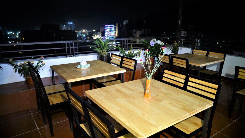 nam son hotel restaurant