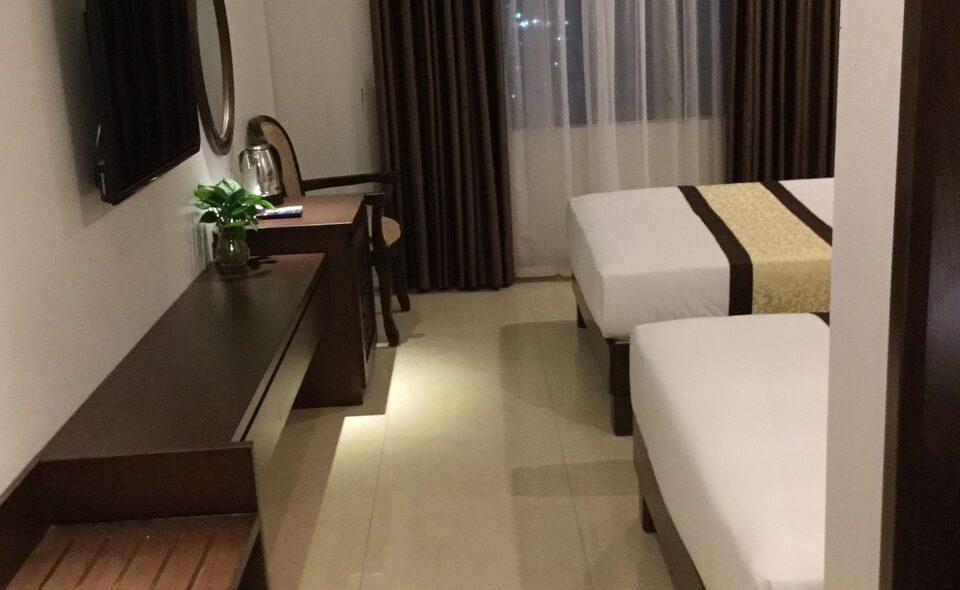 nam son hotel - twin room 6